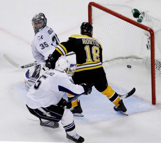 ... the Flyers the Bruins met the red hot Tampa Bay Lightning in the Nathan  Horton 18 ... fdb225443